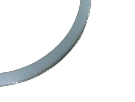 blankt armband i ljusblå